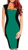 Зеленое платье с черными вставками