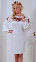 Платье белое в национальном стиле