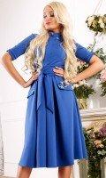 Платье синее под пояс с отделкой камнями
