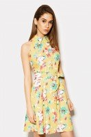 Оригинальное желтое платье в цветочек